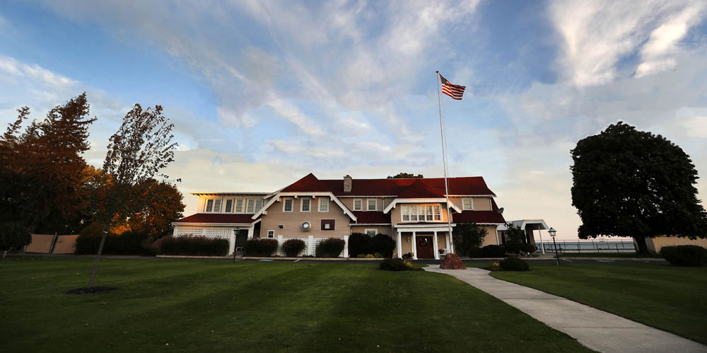 Clubhouse - Fine Dining - Wedding - Event - Lake Erie - Shorewood Country Club