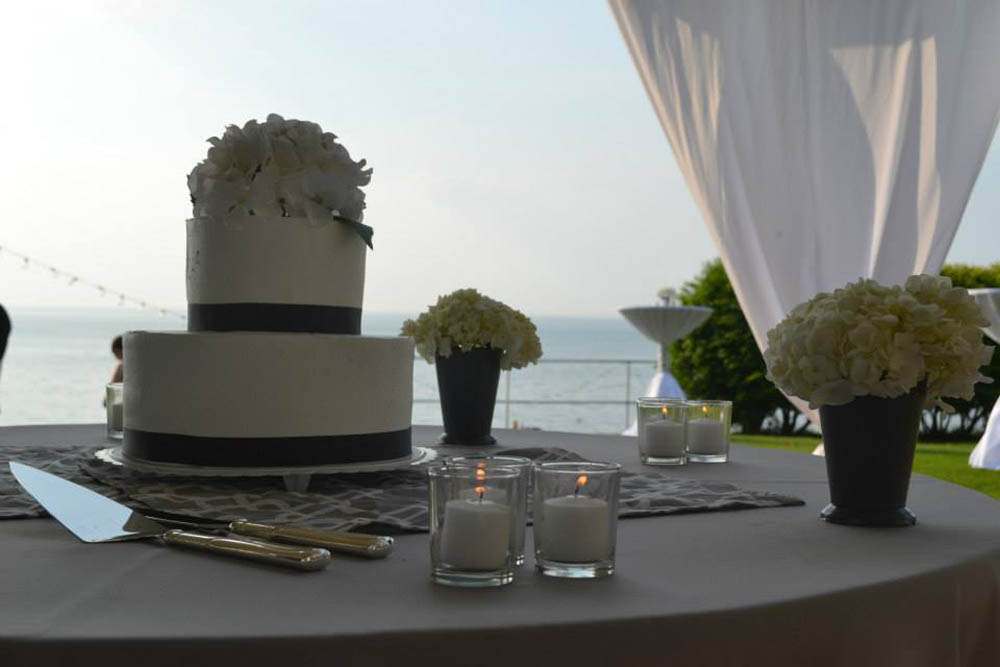 Cake - Wedding - Event - Lake Erie - Shorewood Country Club
